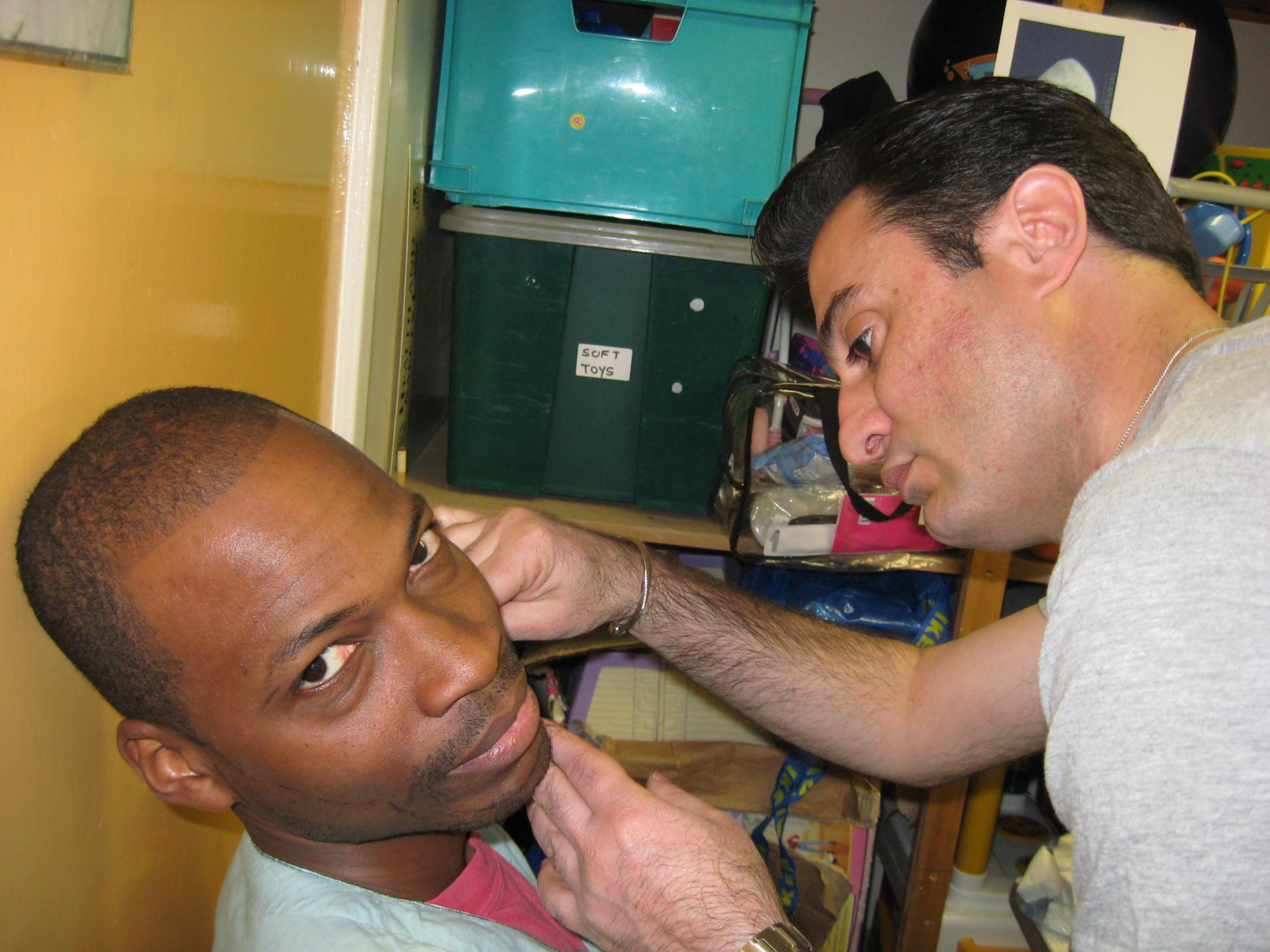 Mazi starts with a clean-shaven Emmanuel... 2577
